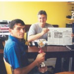 Dr. Alexandre Cosendey e Sebastião Da Guia, após vitória na ultra-maratona La Roche La Molierie, França